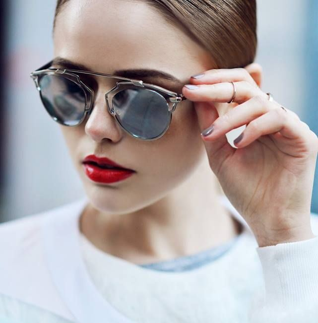 Солнцезащитные очки Christian Dior   Renome 35baa3bc965b7